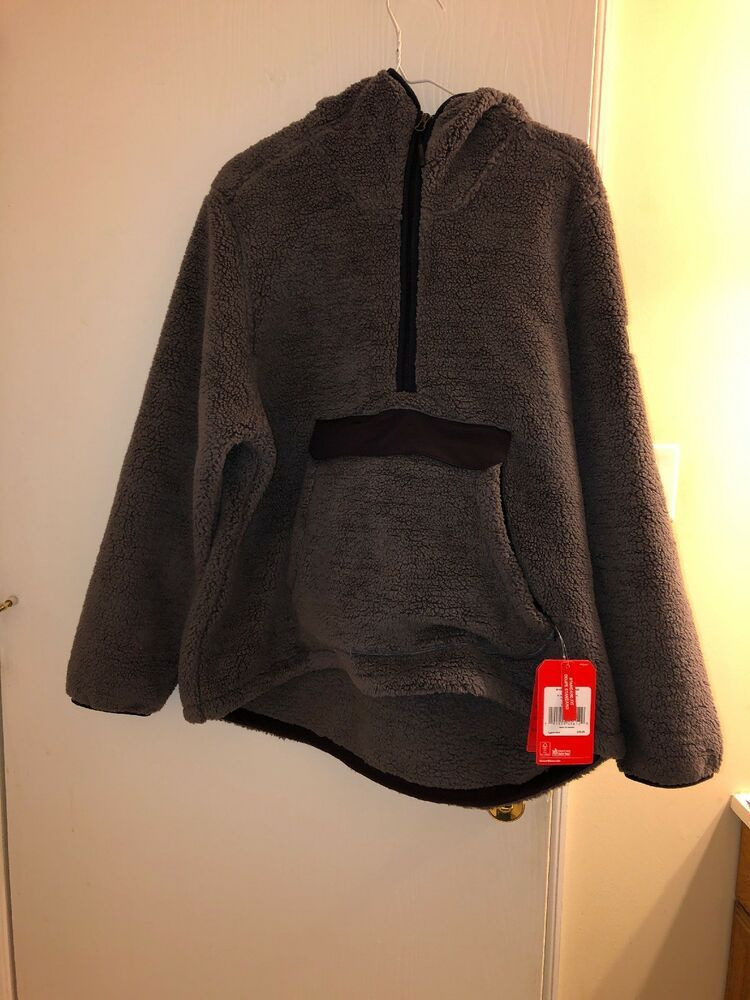 1325e73dac73 The North Face Women s Campshire Pullover Hoodie Rabbit Grey  fashion   clothing  shoes