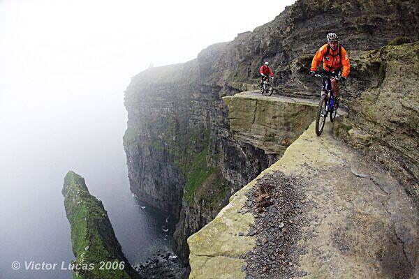 Mountain bikers - when helmets make no sense - 4