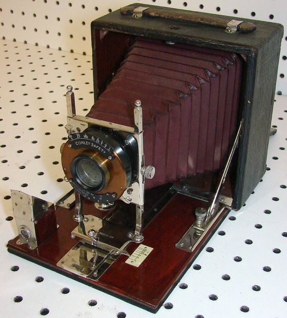 Vintage Stadium Lights: 1900 To 1910 Conley 4x5 Plate Camera Red Cherry