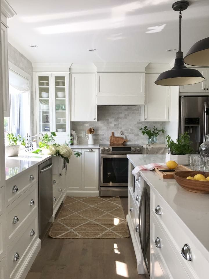 Pin by Joni Dyar on kitchens | Kitchen, Kitchen dining ...