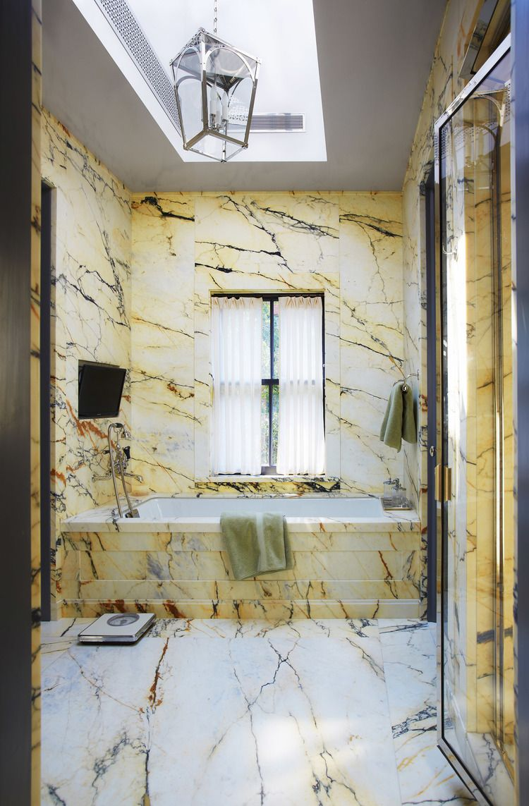 _N8A4994Ariadna-Bufi.jpg | Bathrooms | Pinterest | Gambrel ...