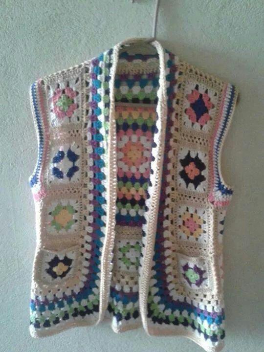 Chaleco a crochet #grannysquareponcho