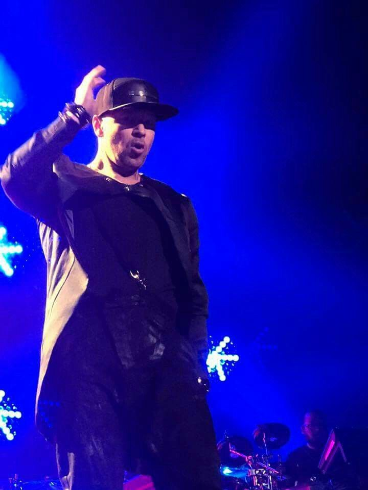 Donnie Wahlberg Total Package Tour