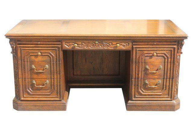 16++ Feudal oak dining room set Trend