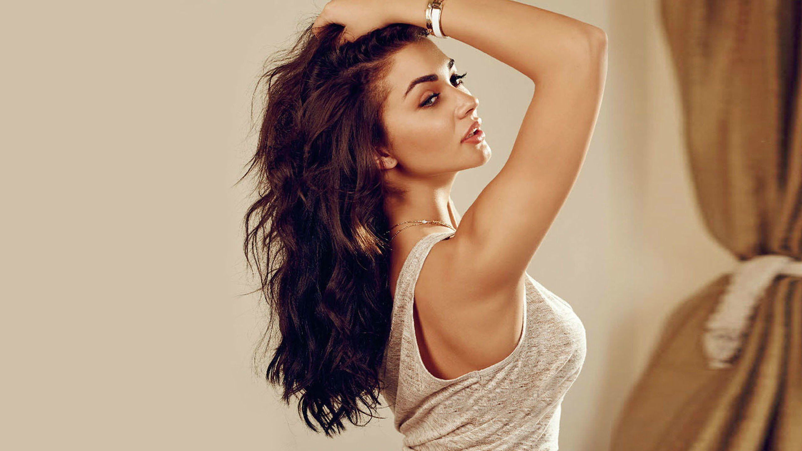 amy jackson wallpapers hot images hd latest photos mazale | amy