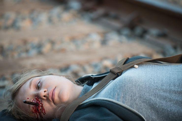 Fand es schade das Sie (hab ihren nahmen vergessen) in der Serie (The Walking Dead) gestorben ist, ich mochte Ihren Charakter. :)