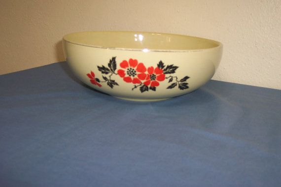 Hall Red Poppy Bowl 9 Inches By Luruuniques On Etsy 22 00 Red Poppies Hall Pottery Bowl