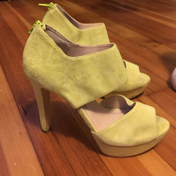 Unique yellow/green platforms - BCBGeneration sz 8 These heels have only been worn twice! Unique lemon lime micro suede platforms from BCBGeneration. The heels are not really my style - bought them for a specific dress and haven't worn since BCBGeneration Shoes Platforms