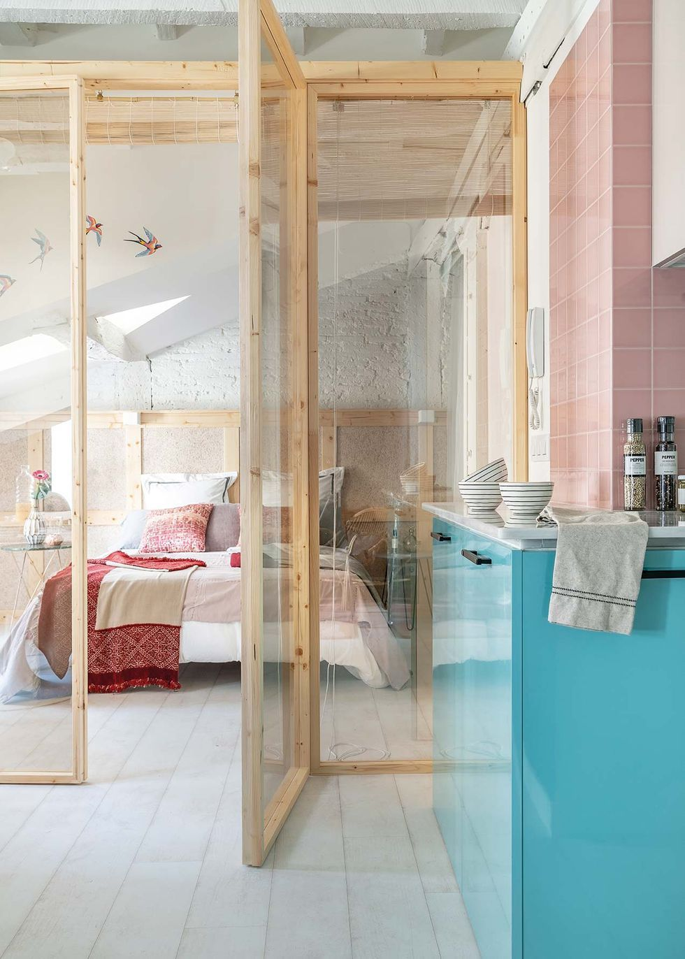 Charming attic apartment in Santander by Studio Aedificare ...