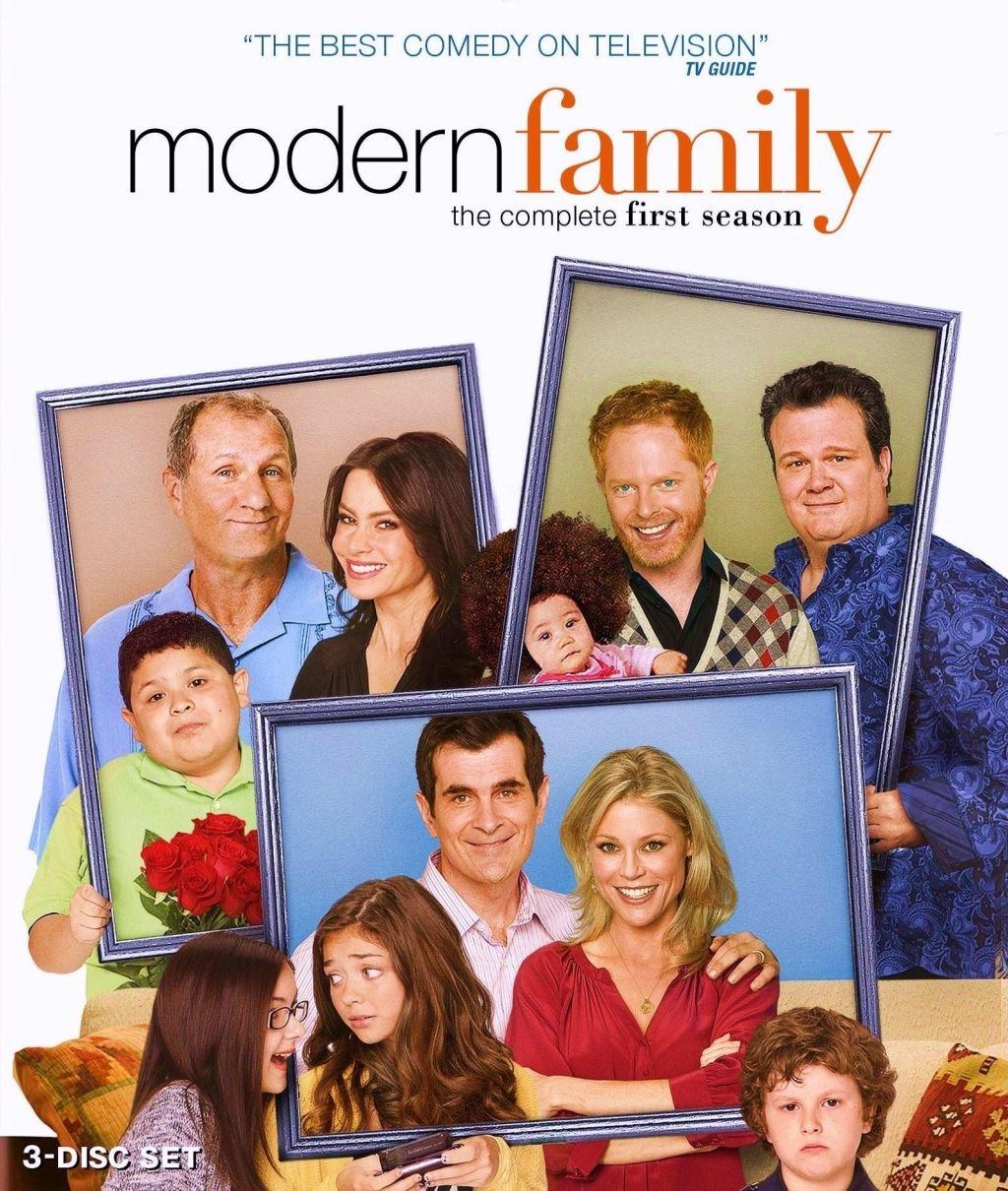 Full Cast Of Modern Family Modern Family Tv Show Modern Family Dvd Modern Family Season 1