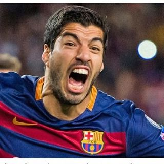 """With goals by Suarez and Sergi Roberto Barcelona beat Bayer Leverkusen 2-1"""
