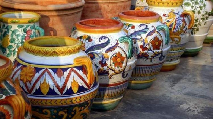 Ceramica umbra | Ceramics, porcelains, glasses | Ceramics, Italian ...