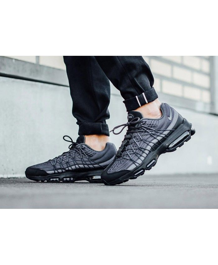 buy popular b62ae 91a65 Nike Air Max 95 Ultra SE Black Dark Grey Trainers | air max 95 ultra ...