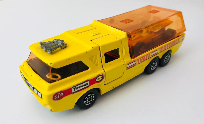 Matchbox Lesney Super Kings K 7 Racing Car Transporter 1972 Matchbox Lesney Superkings Racingcar In 2020 Toy Car Car