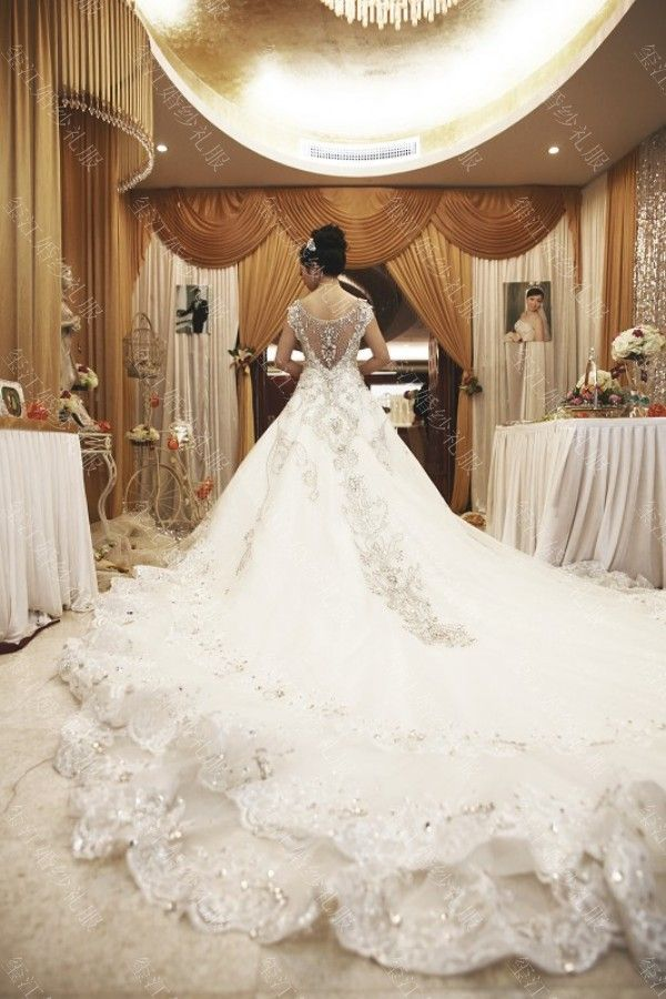 2013 new crystal sleeveless sweetheart white bride royal for Wedding dresses with royal length train