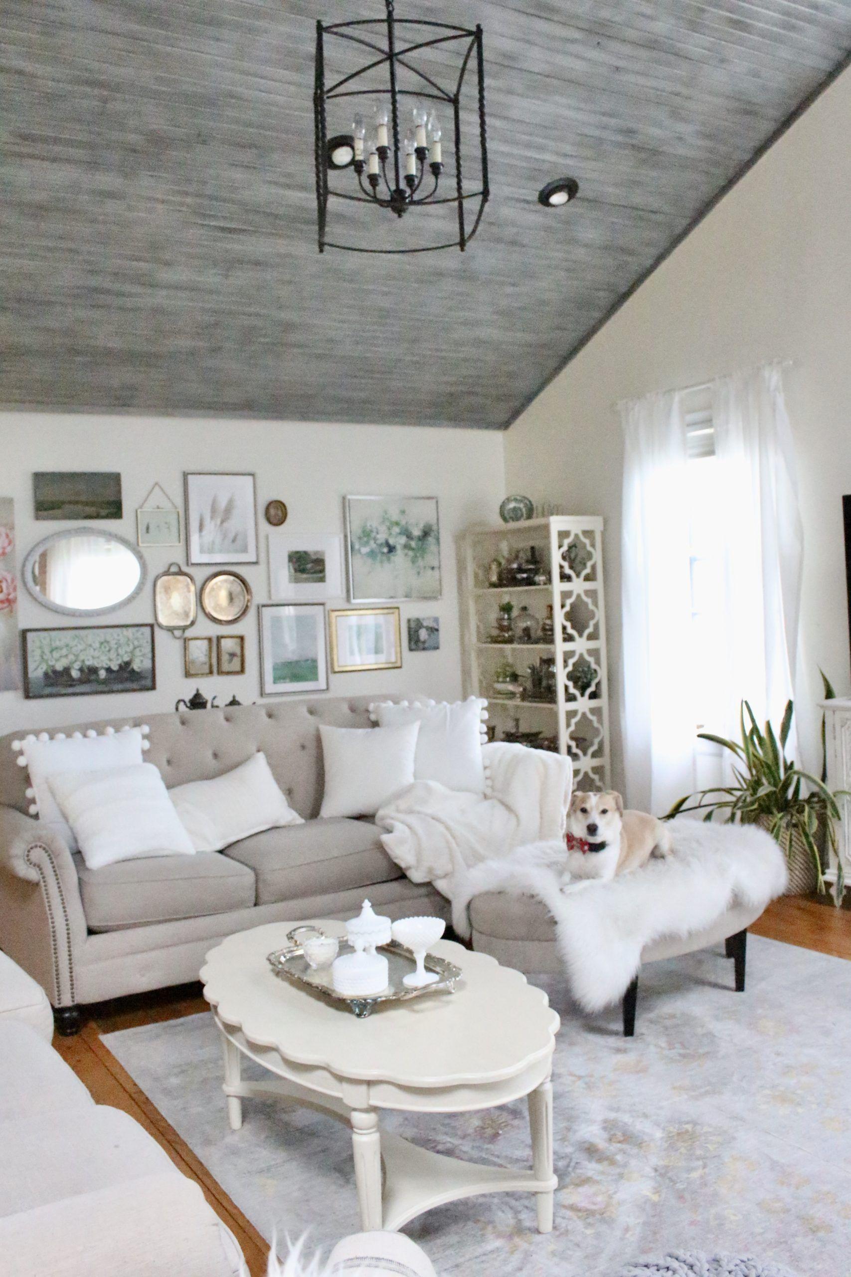 Winter Family Room Decor White Cottage Home Living In 2020 Family Room Decorating Cheap Home Decor Interior Design Kitchen Small #winter #living #room #decor