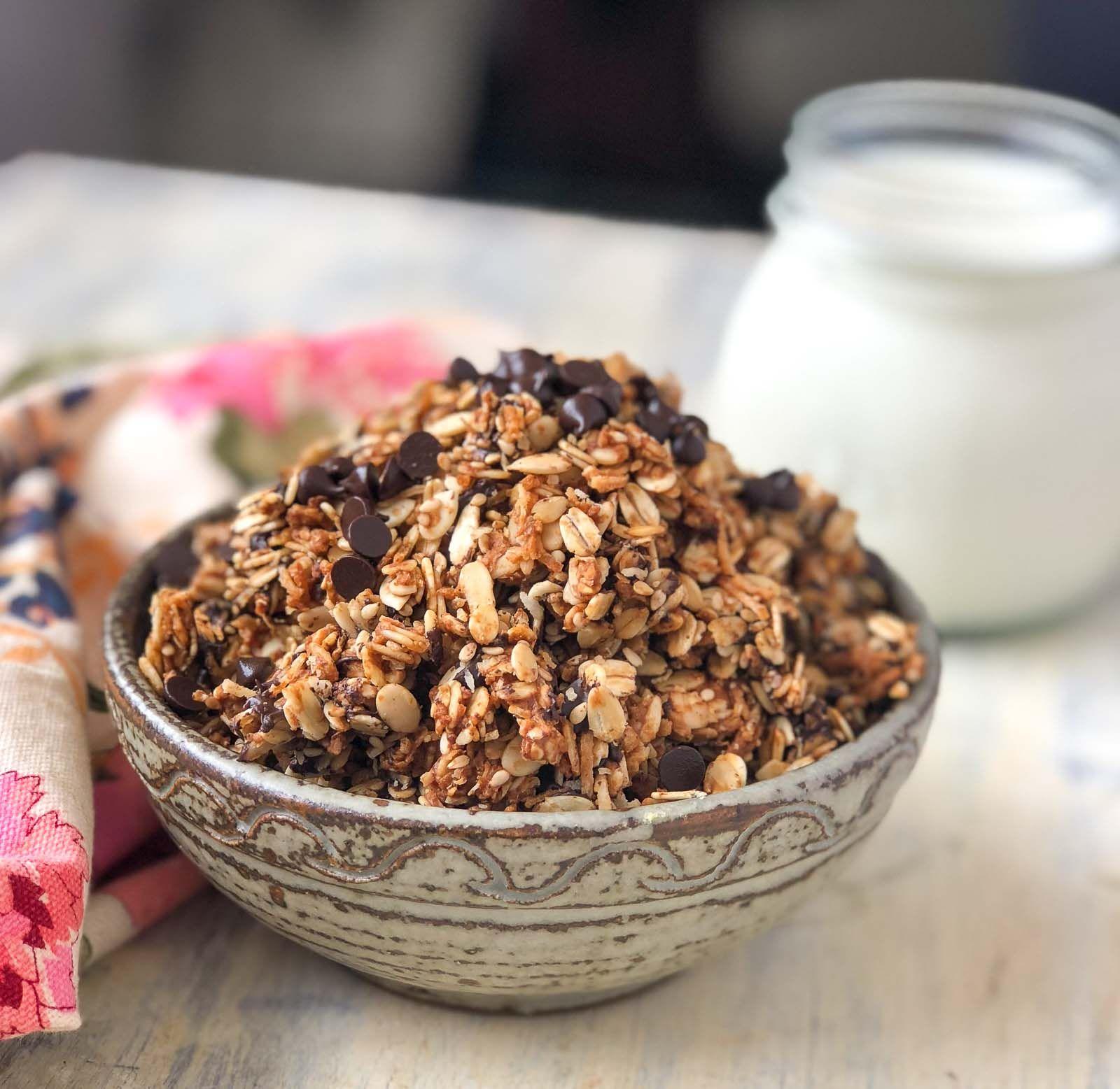 Oats Peanut Butter & Chocolate Chip Trail Mix