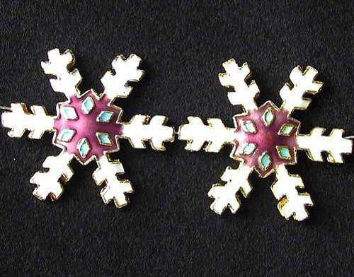 2 WHITE MULBERRY CLOISONNE SNOWFLAKE FOCAL Beads 8638F - Premium Bead