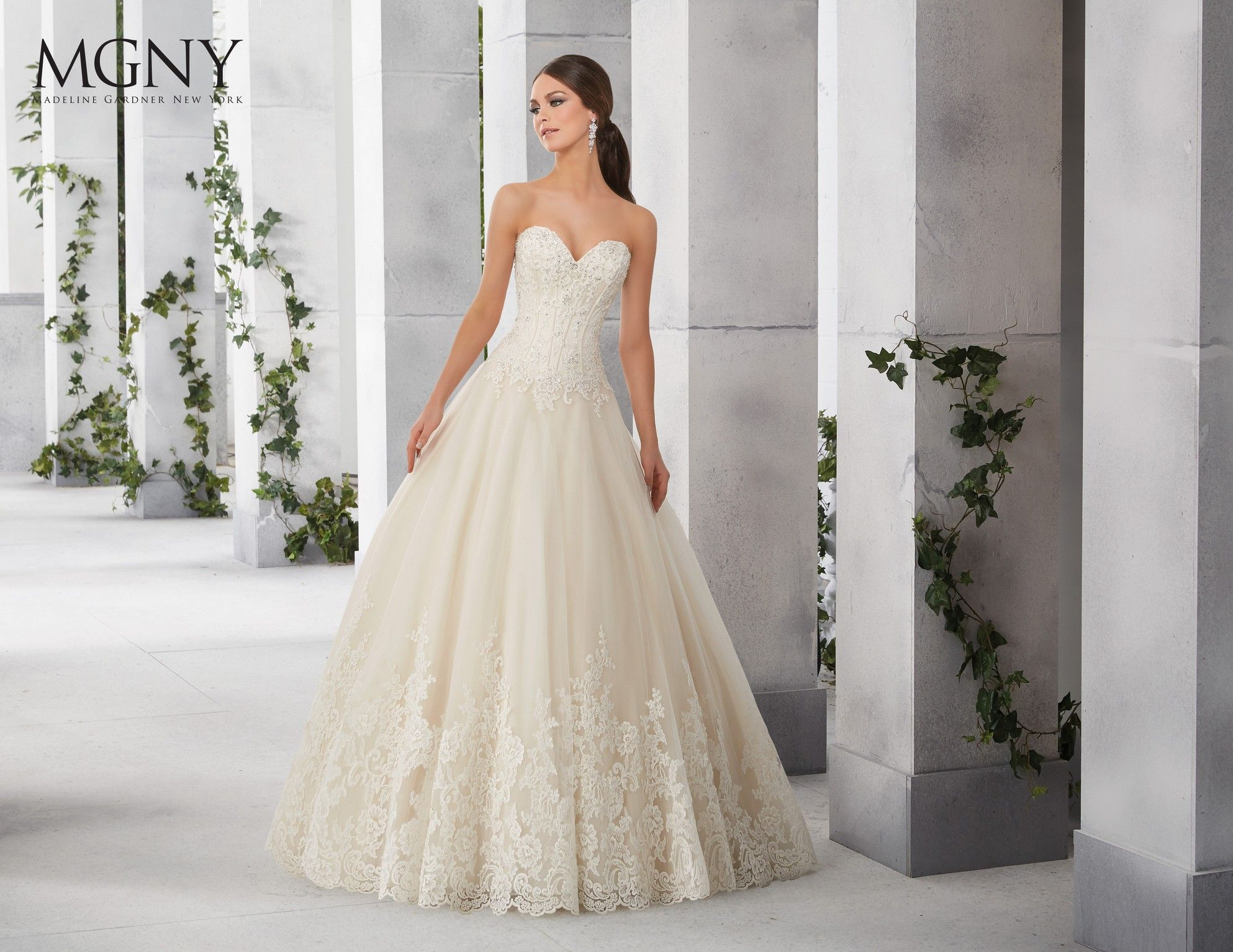 Madeline Gardner New York - Wedding dresses and bridal gowns | One ...