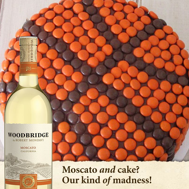 #Moscato and #cake? That's our kind of #MarchMadness!