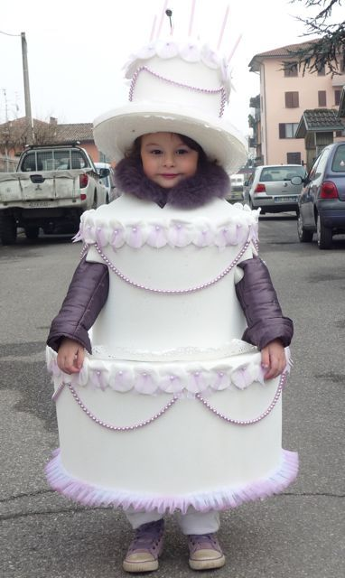 selezione più recente vendita outlet prezzo onesto Idee di carnevale: il costume da torta | Holiday: All ...