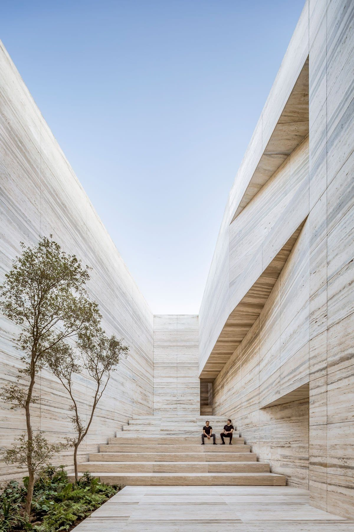 Esrawe Studio Designs Grupo Arca S Showroom Warehouse In Mexico Warehouse Design Amazing Architecture Studios Architecture