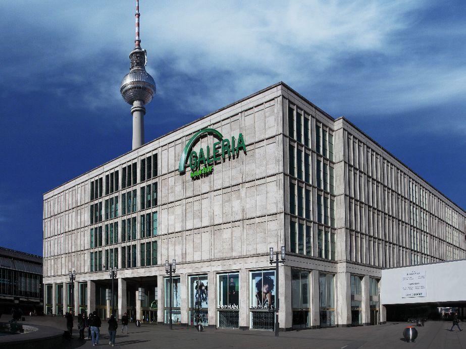 Shopping At Galeria Kaufhof Berlin Building Multi Story Building
