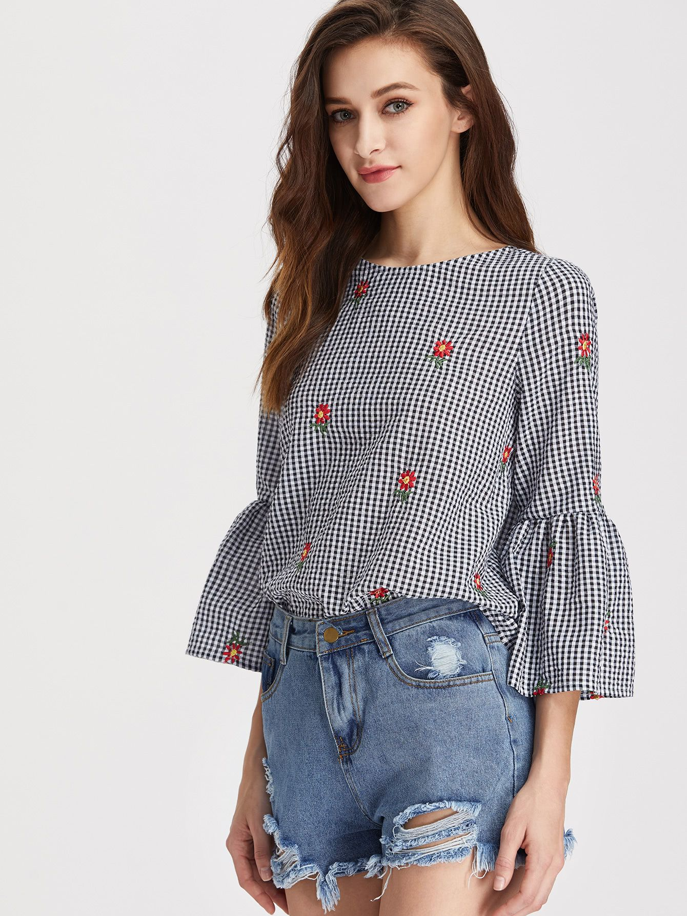 e49f5c4997318d V Cut Tie Back Bell Sleeve Daisy Embroidered Checkered Top -SheIn(Sheinside)