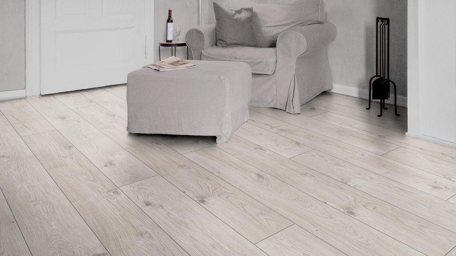 D 3179 everest oak white of the mammut collection for Mammut laminate flooring