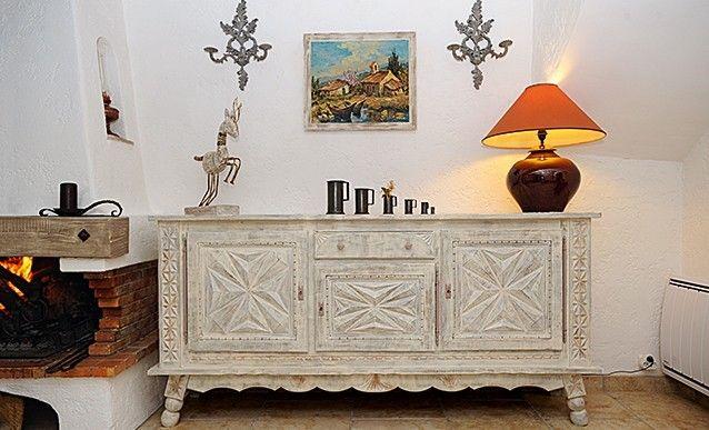 Un meuble basque avec un effet de patine us e en 2019 diy d coration mobilier meuble - Meuble style basque ...