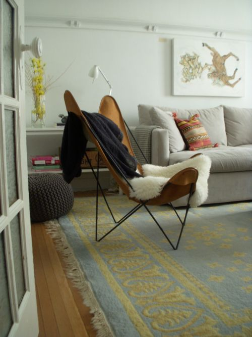 The Interiorist Butterfly Chair Comfy Living Room Condo Living Room