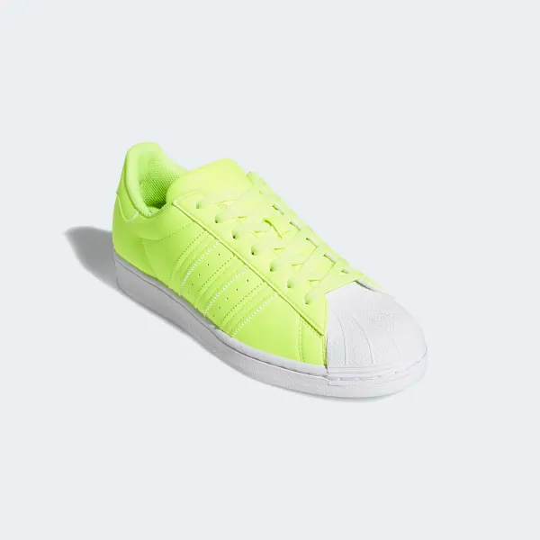 Vacaciones aburrido cordura  adidas Superstar Shoes - Yellow | adidas US | Superstars shoes, Adidas  shoes superstar, Yellow adidas