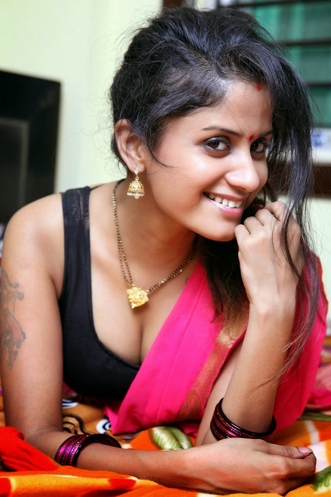 Tamil housewives hot