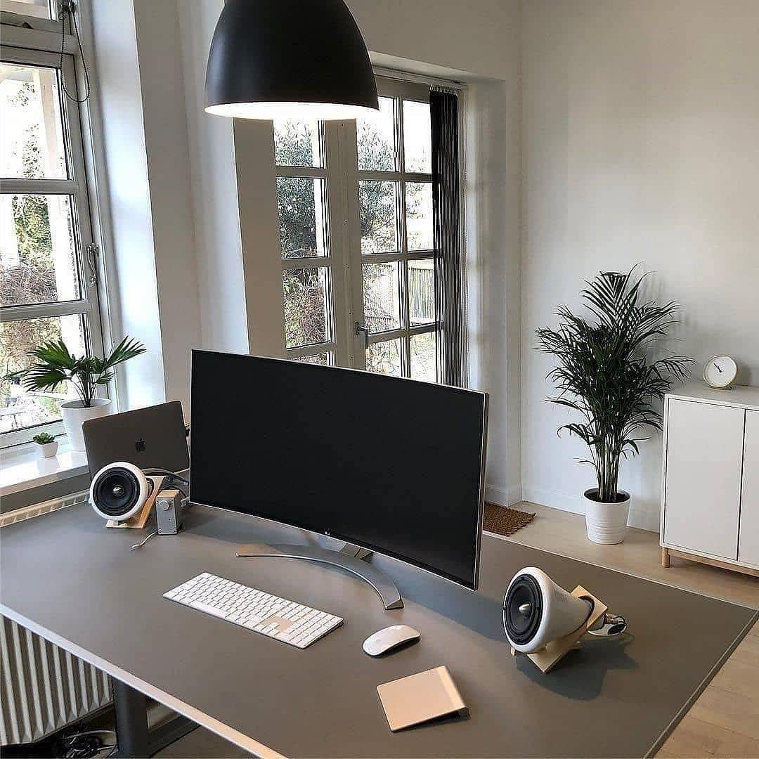 Wood Homeoffice Desk: BARE MINIMAL SETUP. Clean Home Workspace X Curved Display