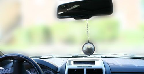 A simple way to replicate the fresh scent of herbs without butchering your entire plant is to crush a few leaves, stick them in a tea infuser and hang from your rearview mirror.