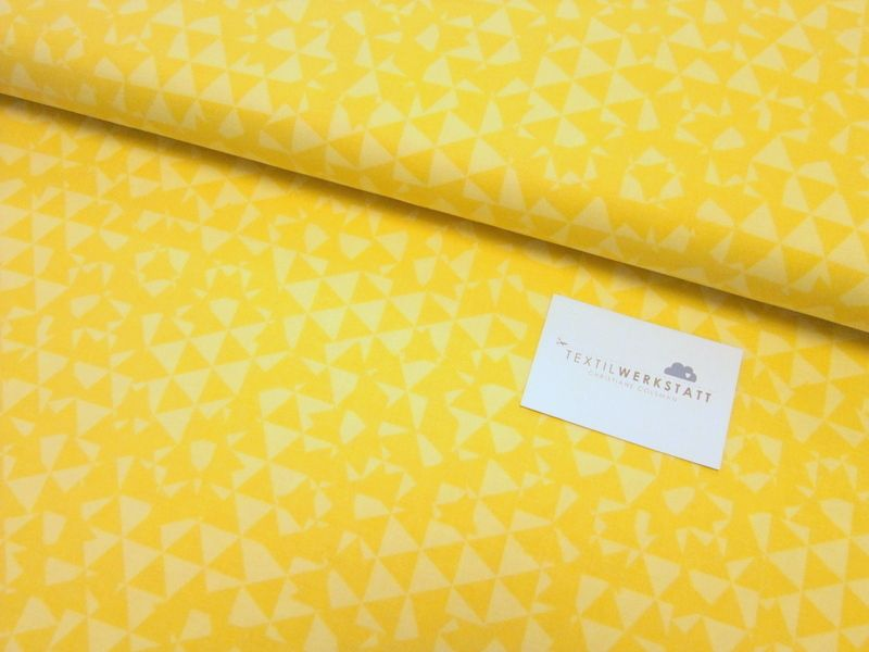 Free Spirit // Distrikt //Dreiecke gelb von Textilwerkstatt //Christiane Colsman Textildesign  auf DaWanda.com