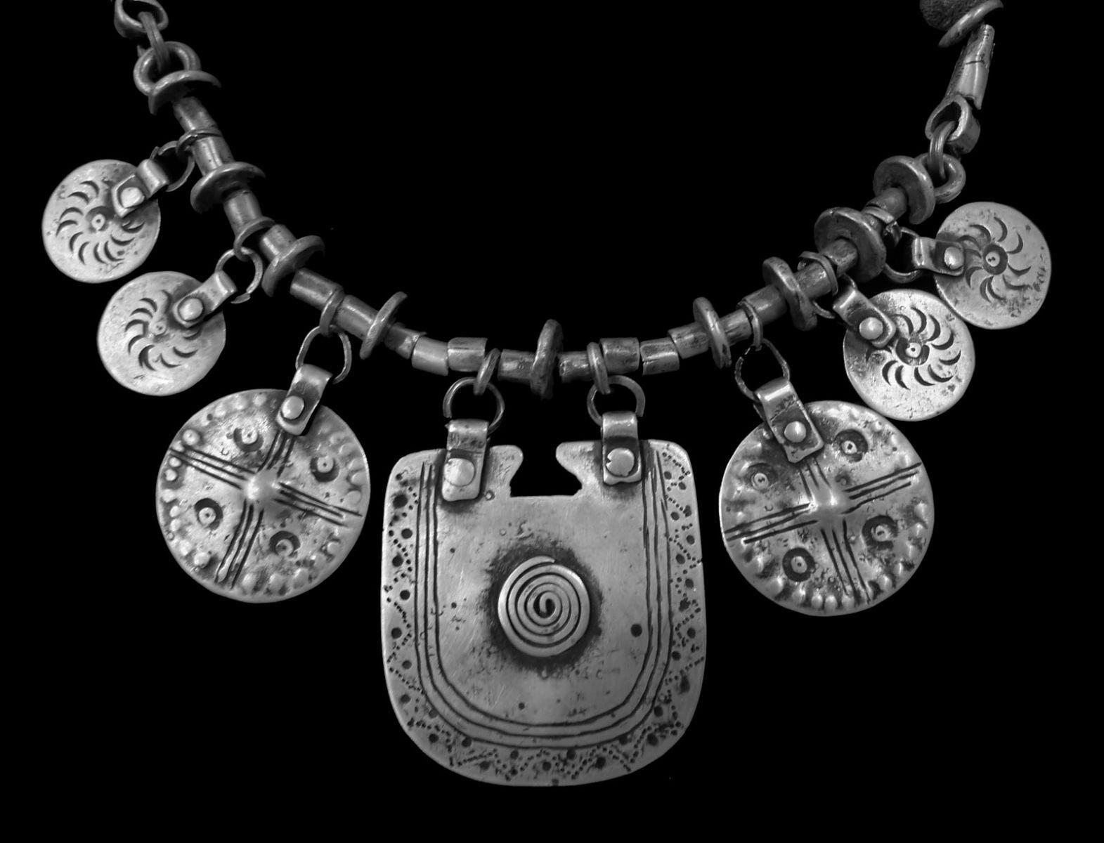 PLATERIA MAPUCHE : Collar Mapuche