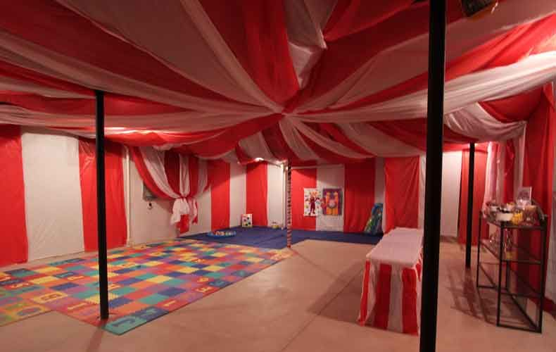 Decorating Ideas > How To Decorate An Unfinished Basement For A Party  ~ 131212_Basement Party Decorating Ideas