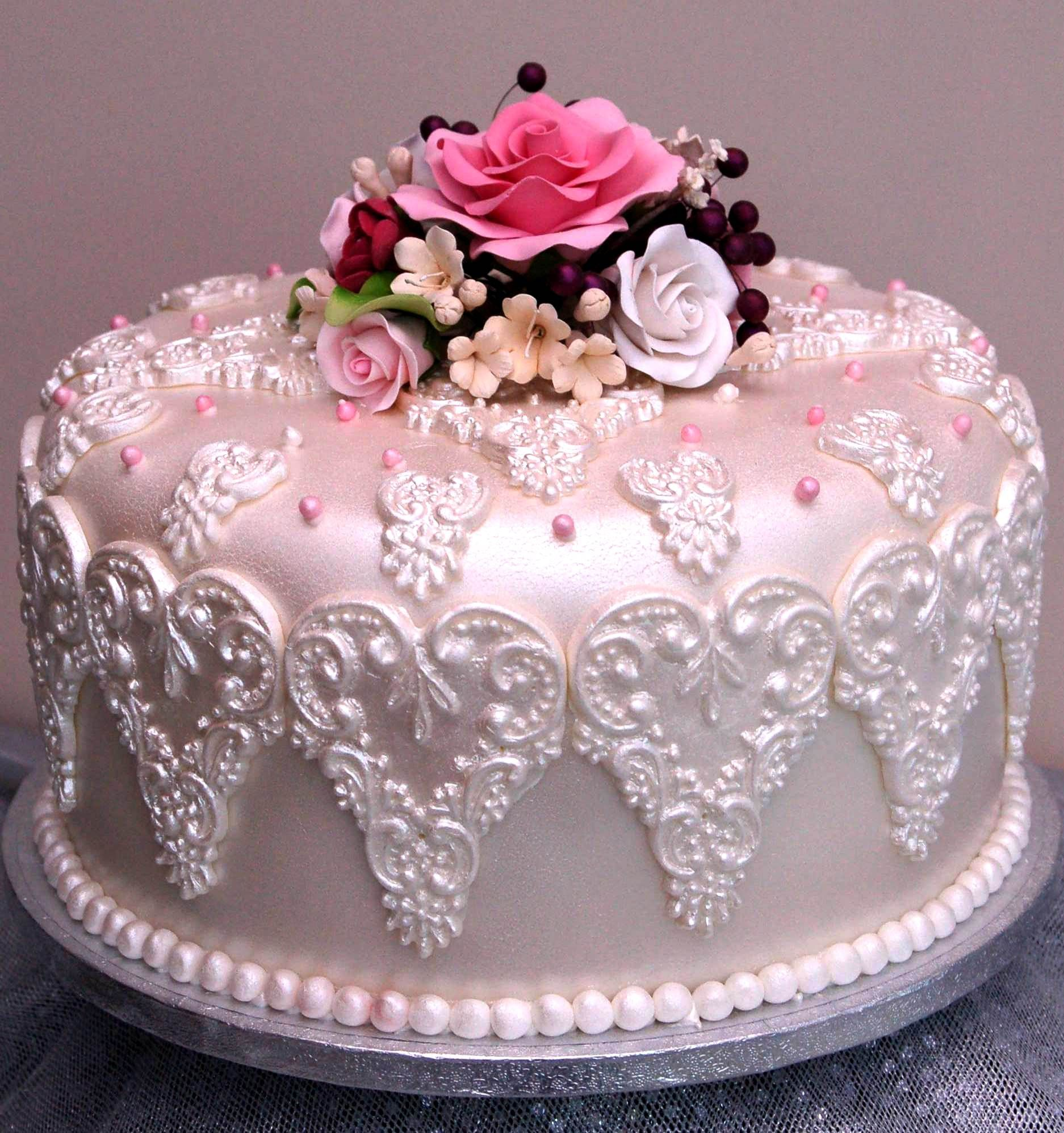 Lace Birthday Cake - Braehead Cakes