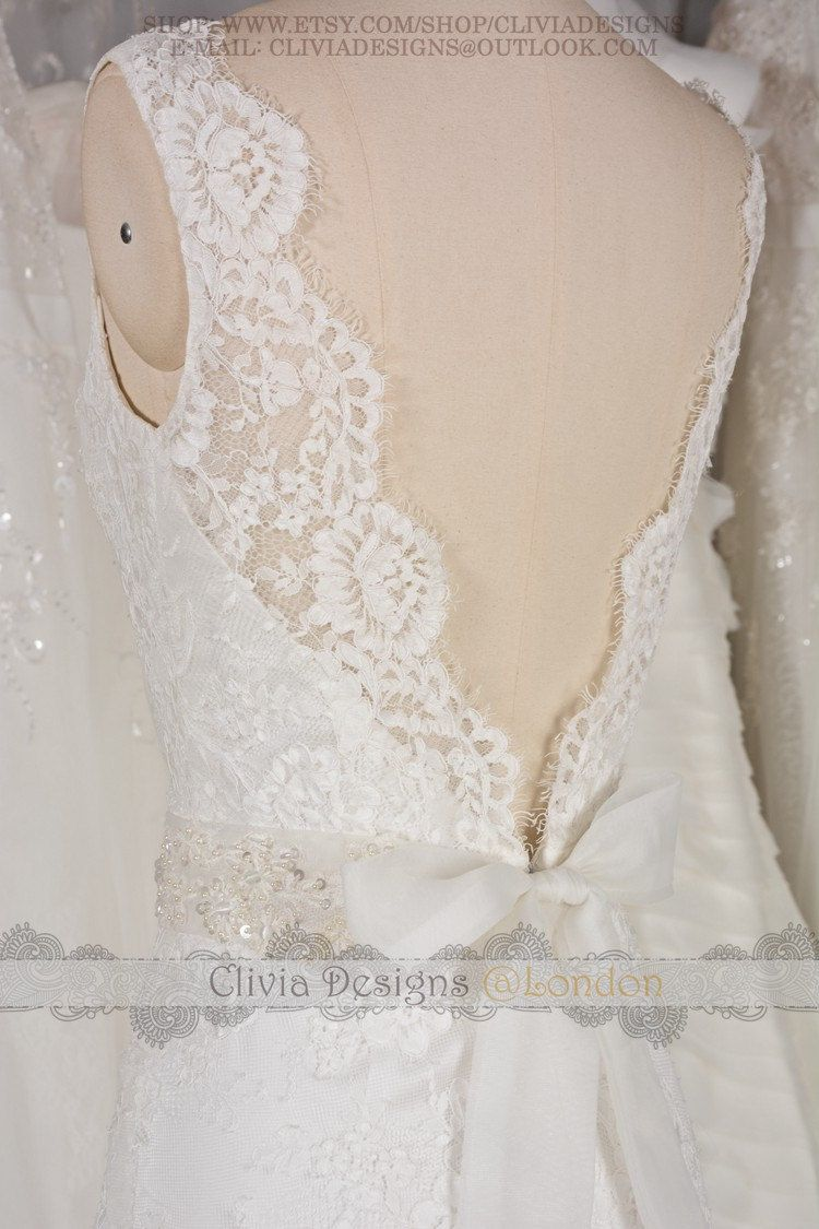 Bateau neckline low v back vintage lace wedding dress lace beach
