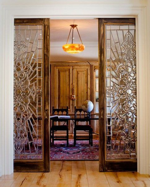 sliding stained glass doors for the home moldings pinterest sch ner wohnen t ren und wohnen. Black Bedroom Furniture Sets. Home Design Ideas