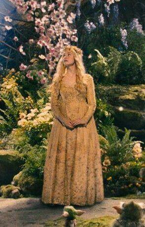 It S A Little Blurry But Still Pretty Love Her Dress