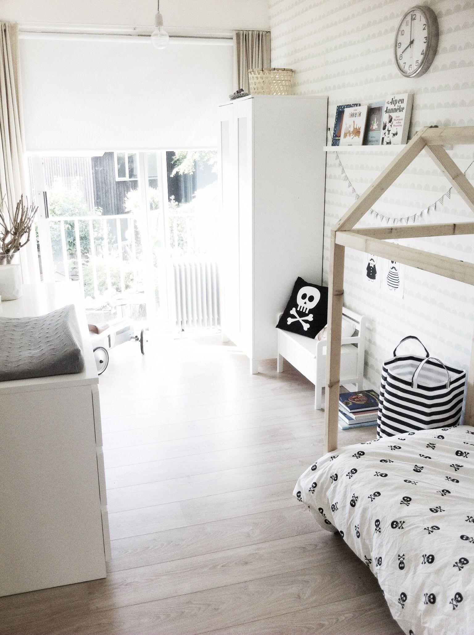 Kinderzimmer schwarz weiß | Ideen rund ums Haus | Pinterest ...