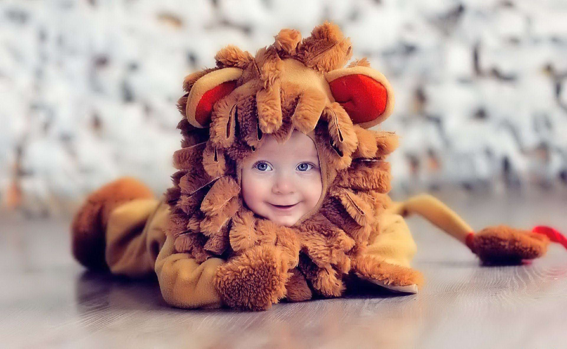 Cute Baby And Lion costume Photo  sc 1 st  Pinterest & Cute Baby And Lion costume Photo | Babies | Pinterest | Baby ...