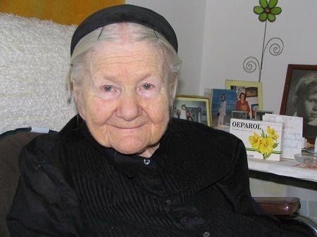 Irena Sendler, una mujer valiente que salvó a miles de niños en el gueto de Varsovia http://www.mujeresenlahistoria.com/2014/09/el-angel-de-varsovia-irena-sendler-1910.html