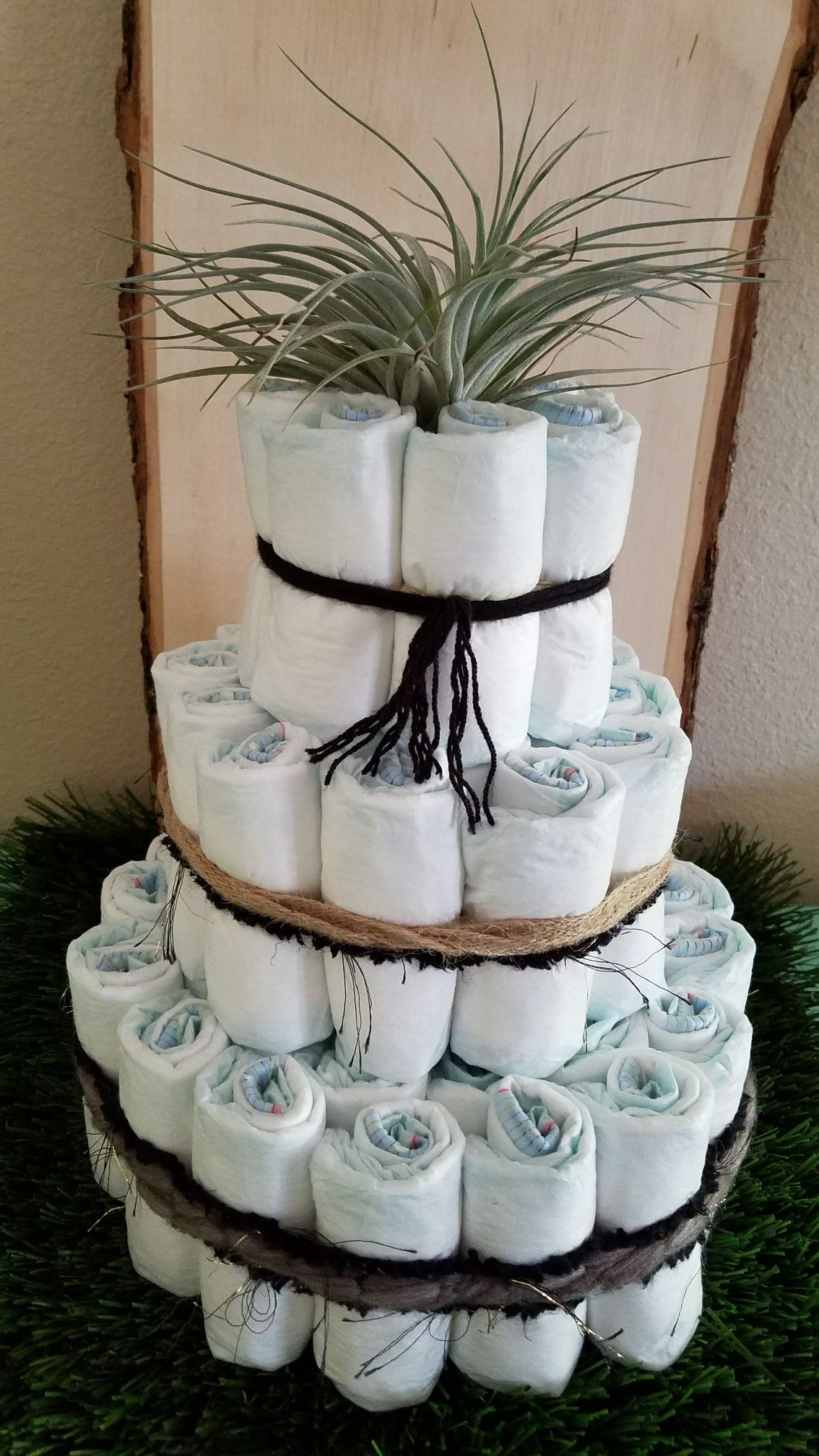 For The Minimalist Modern Mama Diaper Cake With An Air