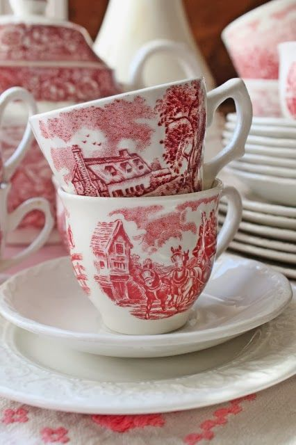 Red & White At Vibeke Design