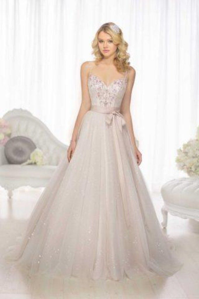 Essence of australia d1733 | SELL YOUR WEDDING DRESS-CLASSIFIED ADS ...
