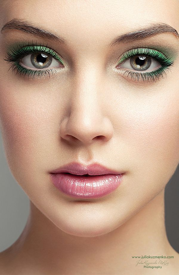 11 Simple Makeup Tips To Make Small Eyes Look Bigger Softpinklips