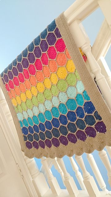 Ravelry: Project Gallery for Easy Hexagon Pattern pattern by Elizabeth Pardue